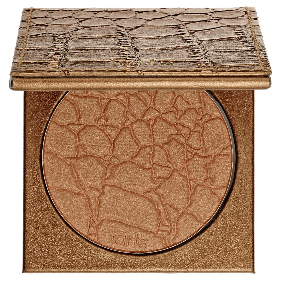 Tarte's Amazonian Clay Waterproof Bronzer in Park Ave Princess | lookingjoligood.wordpress.com