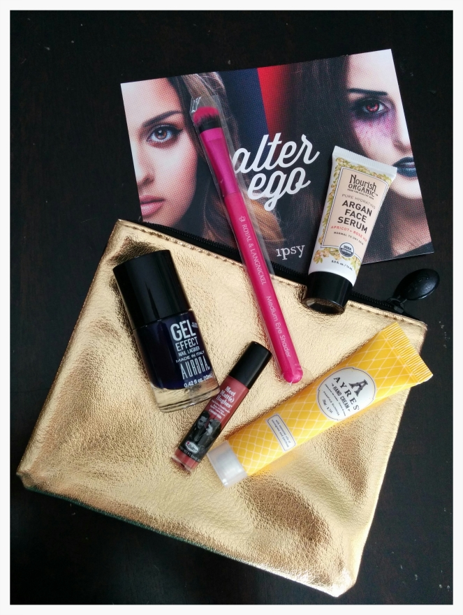 ipsy October glam bag | lookingjoligood.wordpress.com