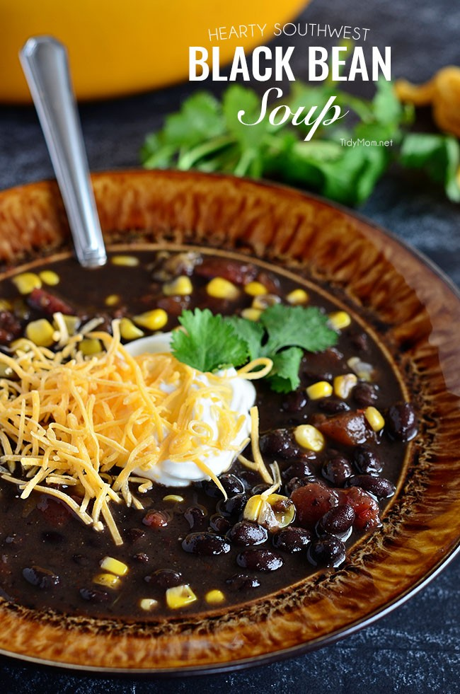 Hearty Black Bean Soup | lookingjoligood.wordpress.com
