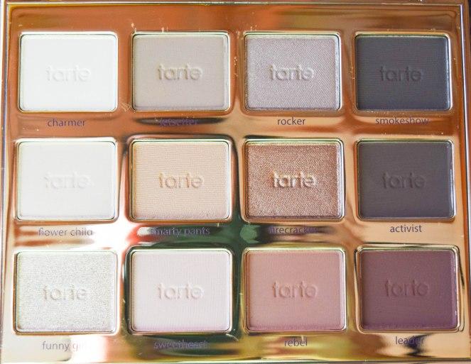 Tartlett in bloom   lookingjoligood.wrodpress.com