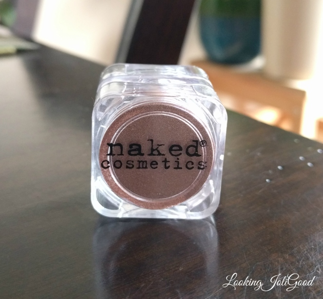 naked cosmetices  | lookingjoligood.wordpress.com