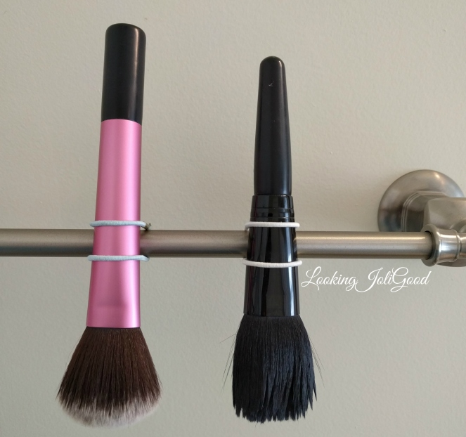 drying brushes | lookingjoligood.blog