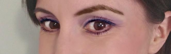 eyeliner | lookingjoligood.blog
