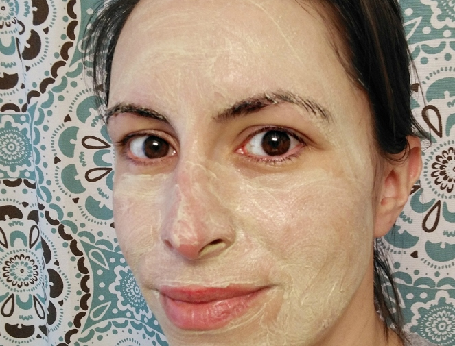 face mask | lookingjoligood.blog
