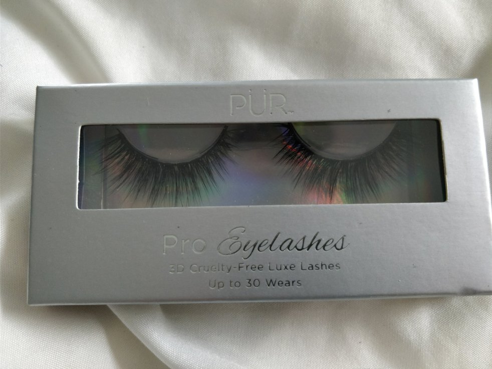 Pur Pro Eyelashes | lookingjoligood.blog