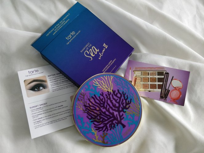 boxy charm tarte rainforest of the sea | lookingjoligood.blog