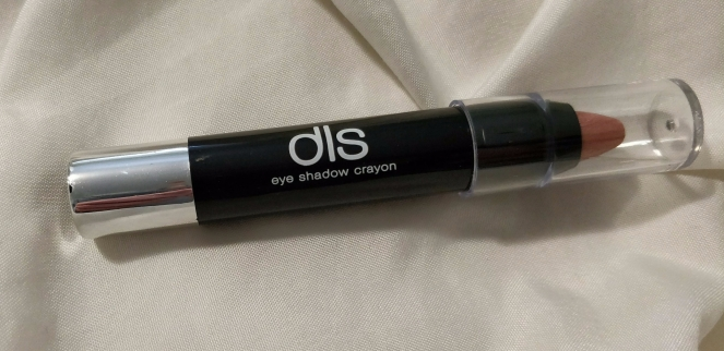 dls crayon Boxy Charm October 2017 Spellbound | lookingjoligood.blog