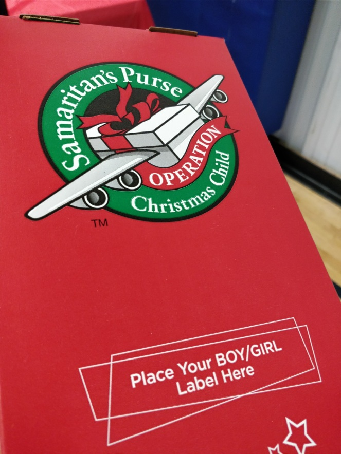 Operation Christmas Child | lookingjoligood.blog