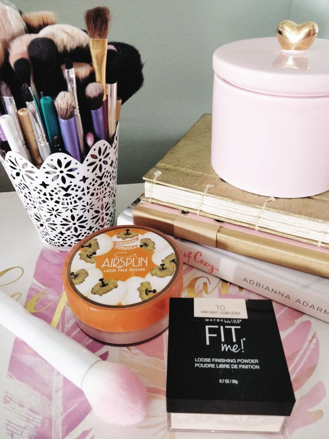 Loose Face Powder | lookingjoligood.blog
