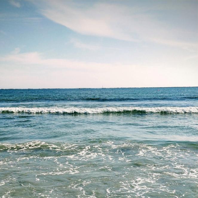 ocean of grief | lookingjoligood.blog