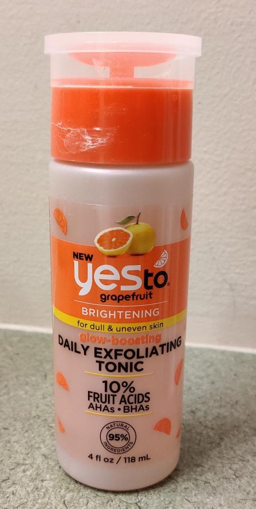 Yes To Grapefruit Tonic | lookingjoligood.blog