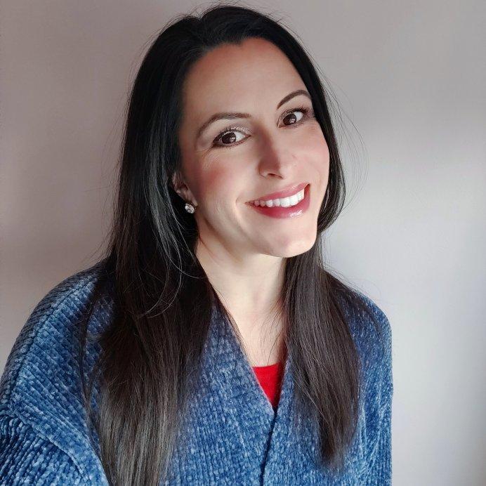 Laura   Lookingjoligood.blog